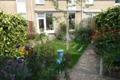 Tuin-Petra-en-Jack-in-Delft-sept-2020-Beplantingsplan-en-uitvoering-bestrating-en-beplanting-in-najaar-2019.